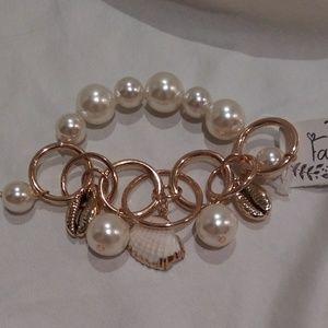 Pearl Beaded Seashell Bracelet